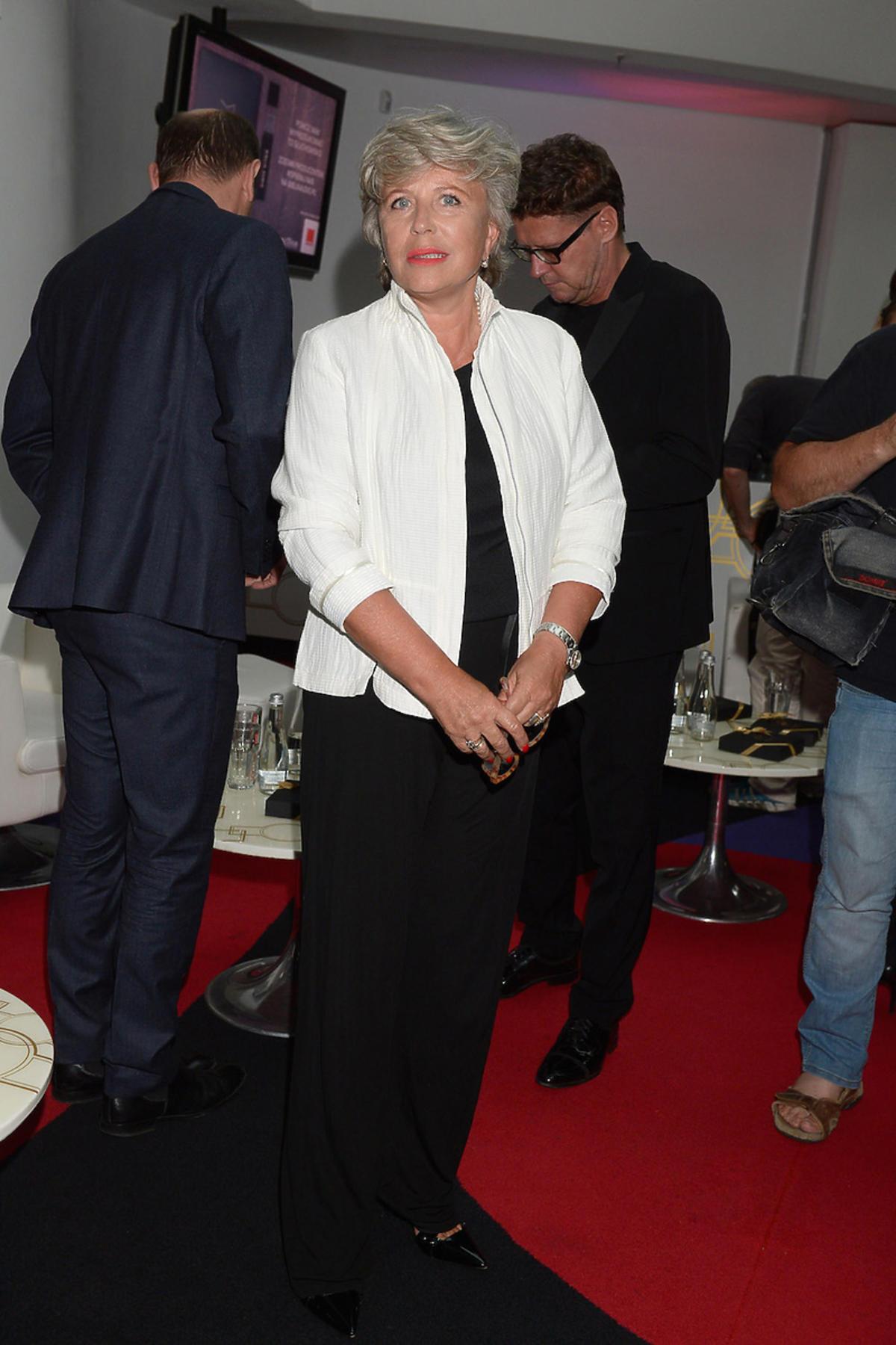 Małgorzata Kożuchowska i Krystyna Janda w czarno-białych stylizacjach