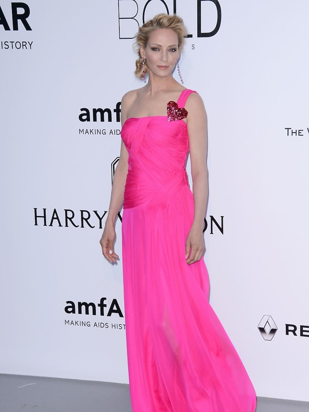 Seksowna Uma Thurman na gali amfAR w Cannes