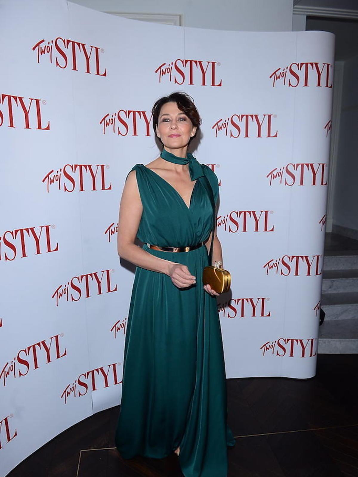 Anna Popek w zielonej sukience na salonach
