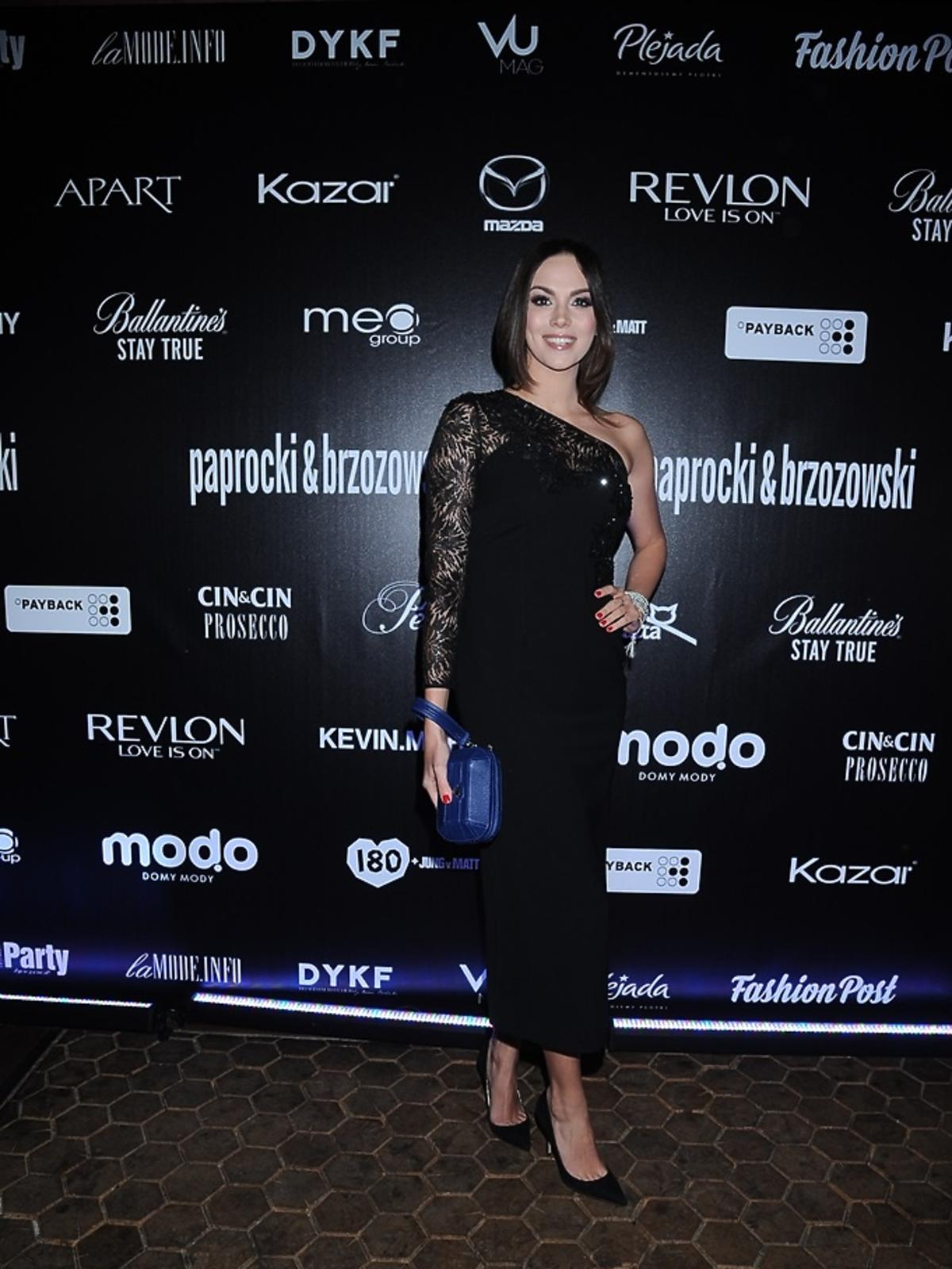 Paulina Krupińska w czarnej sukience