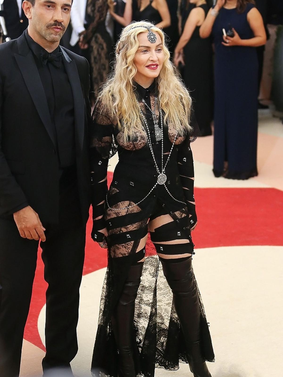 Madonna na MET Gala 2016 w Nowym Jorku