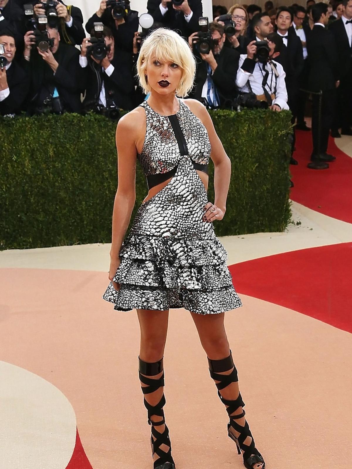 Taylor Swift na MET Gala 2016 w Nowym Jorku