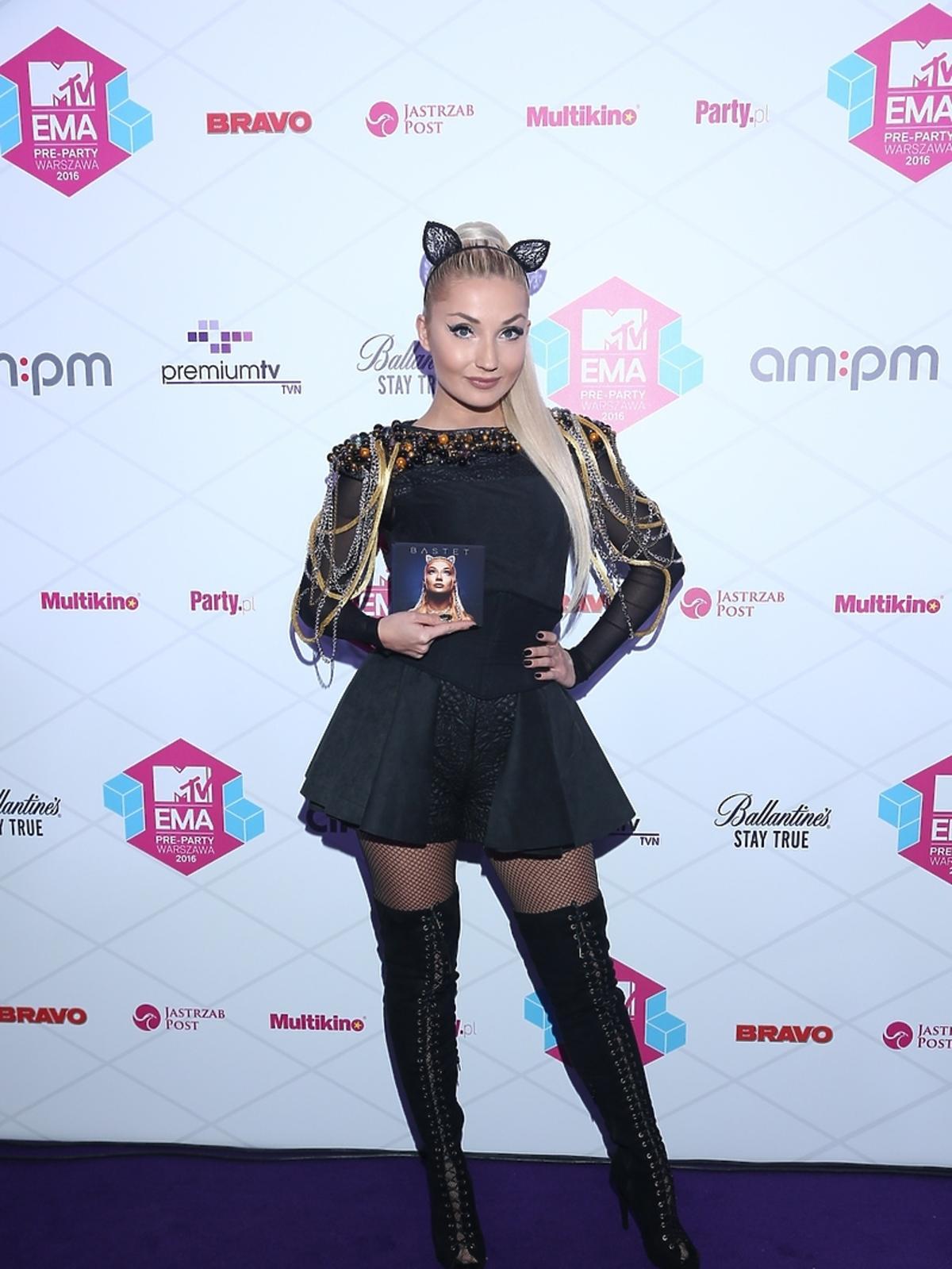 MTV EMA Pre-Party, Cleo