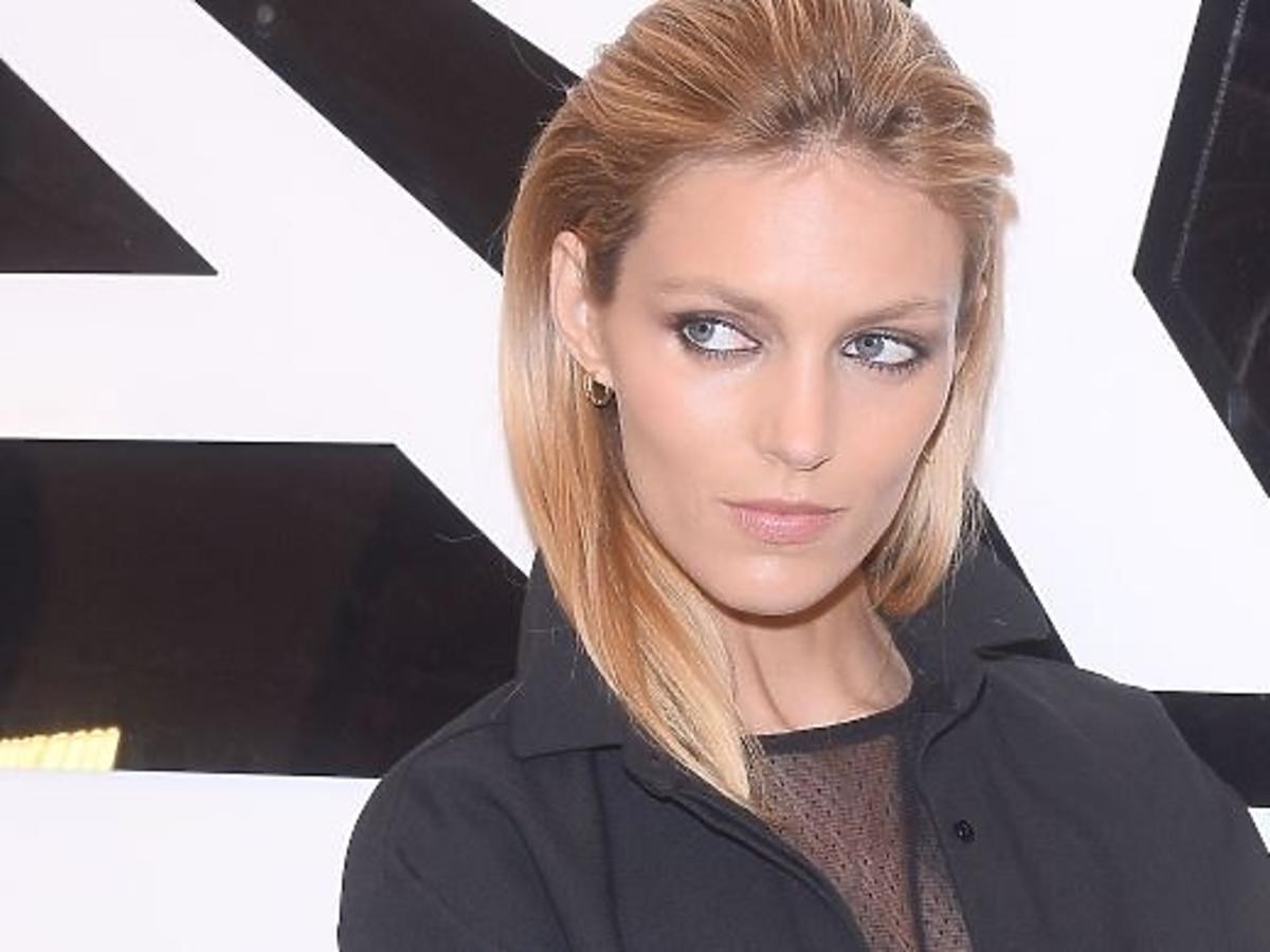 Anja Rubik w gorącej sesji dla Vogue