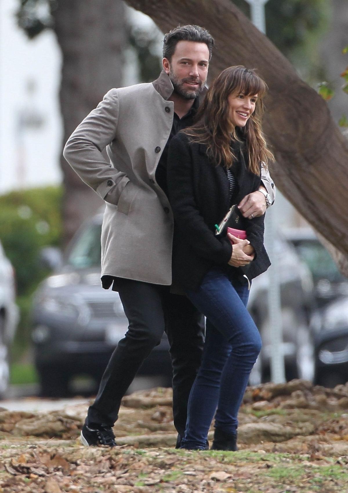 Ben Affleck i Jennifer Garner na spacerze