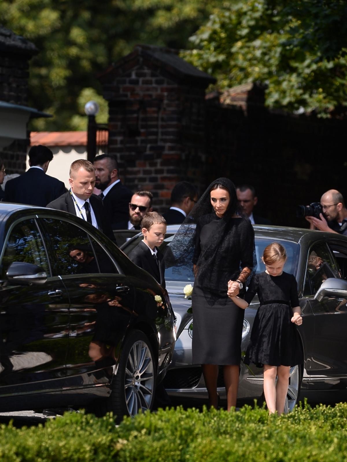 Dominika Kulczyk z dziećmi na pogrzebie Jana Kulczyka