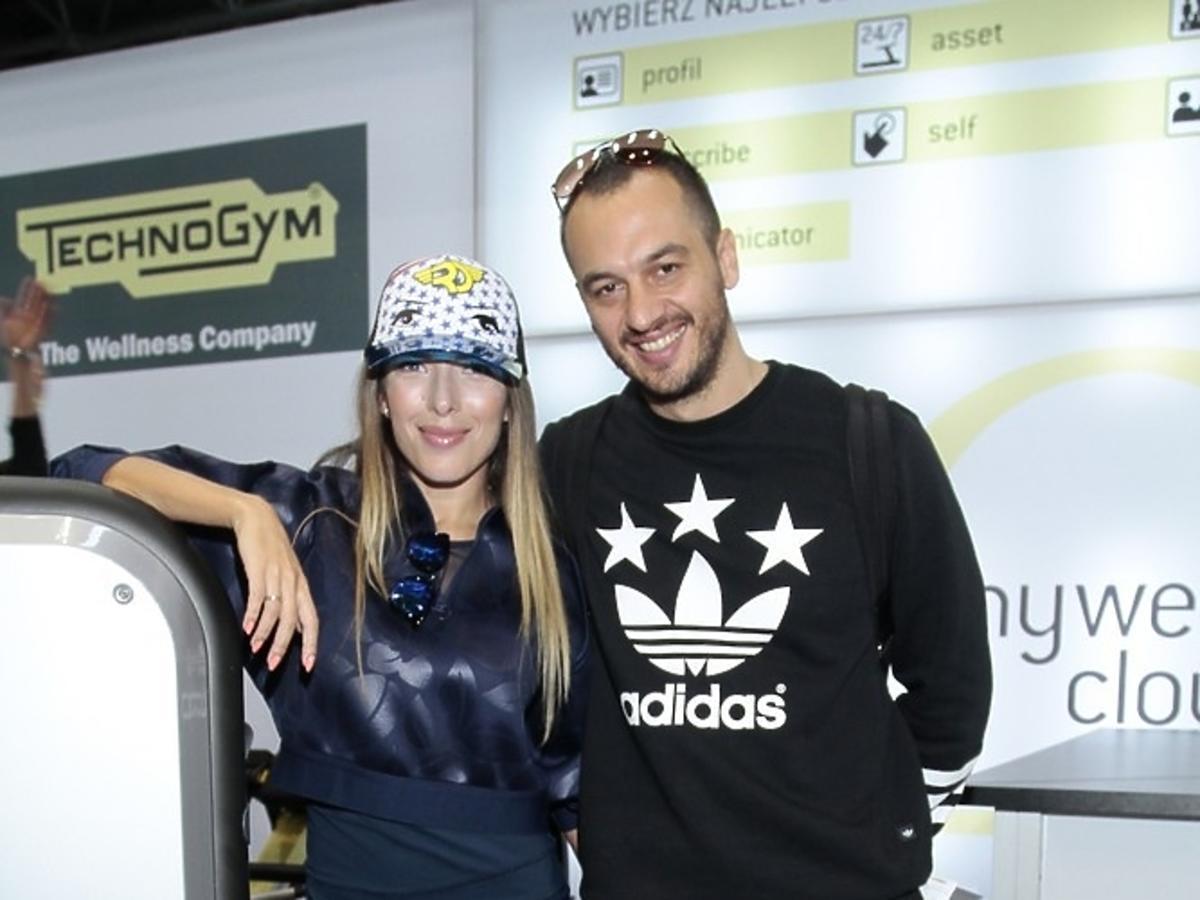 Ewa Chodakowska z mężem na targach FIWE