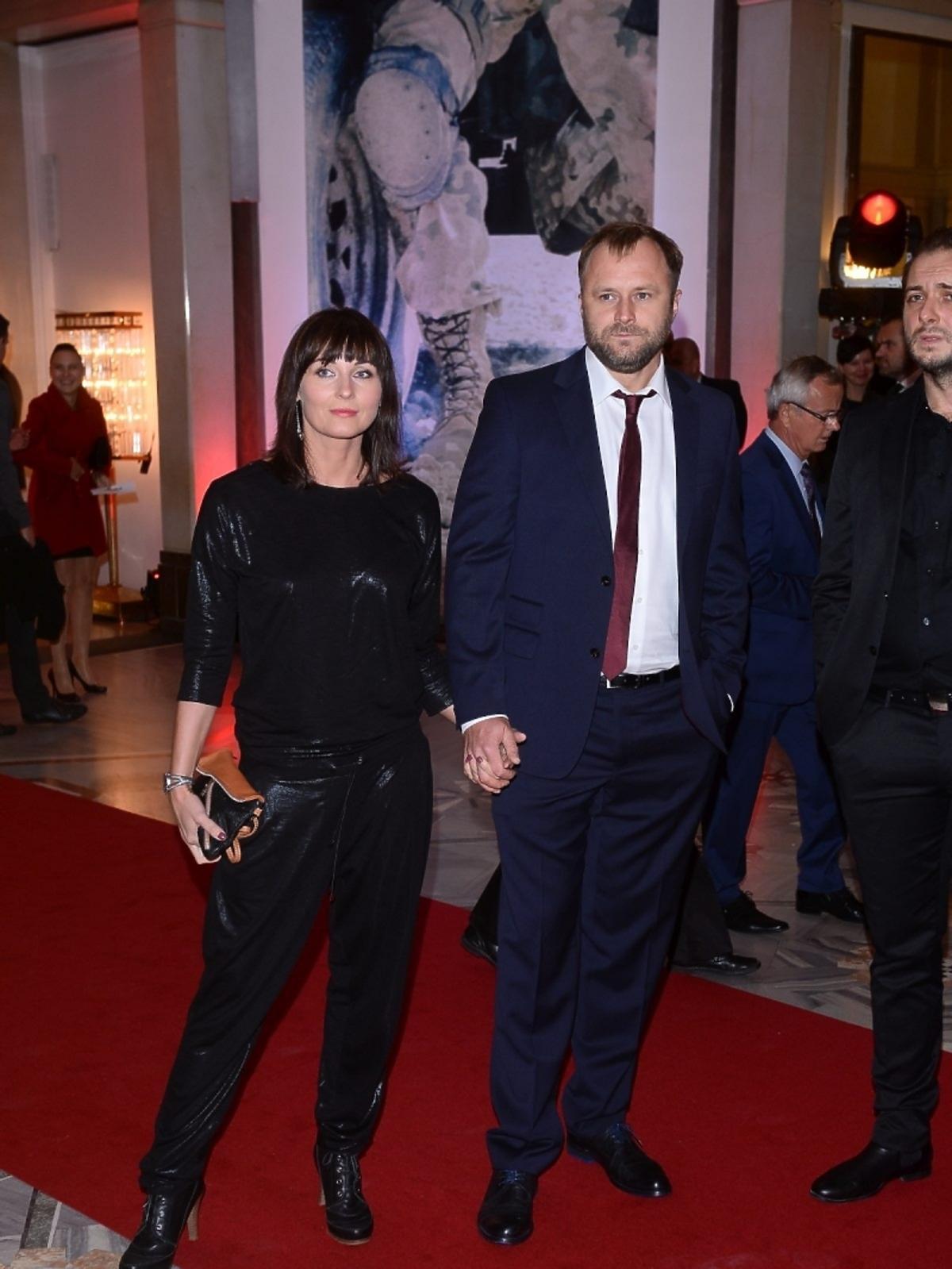 Ilona Wrońska i Leszek Lichota na czerwonym dywanie