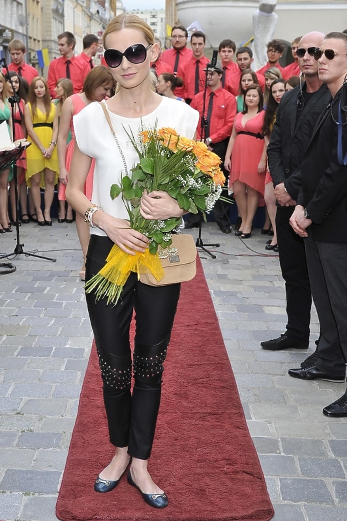 Joanna Moro na Festiwalu w Opolu. Gwiazda Anny German odsłonięta w Opolu. Joanna Moro Anna German Opole
