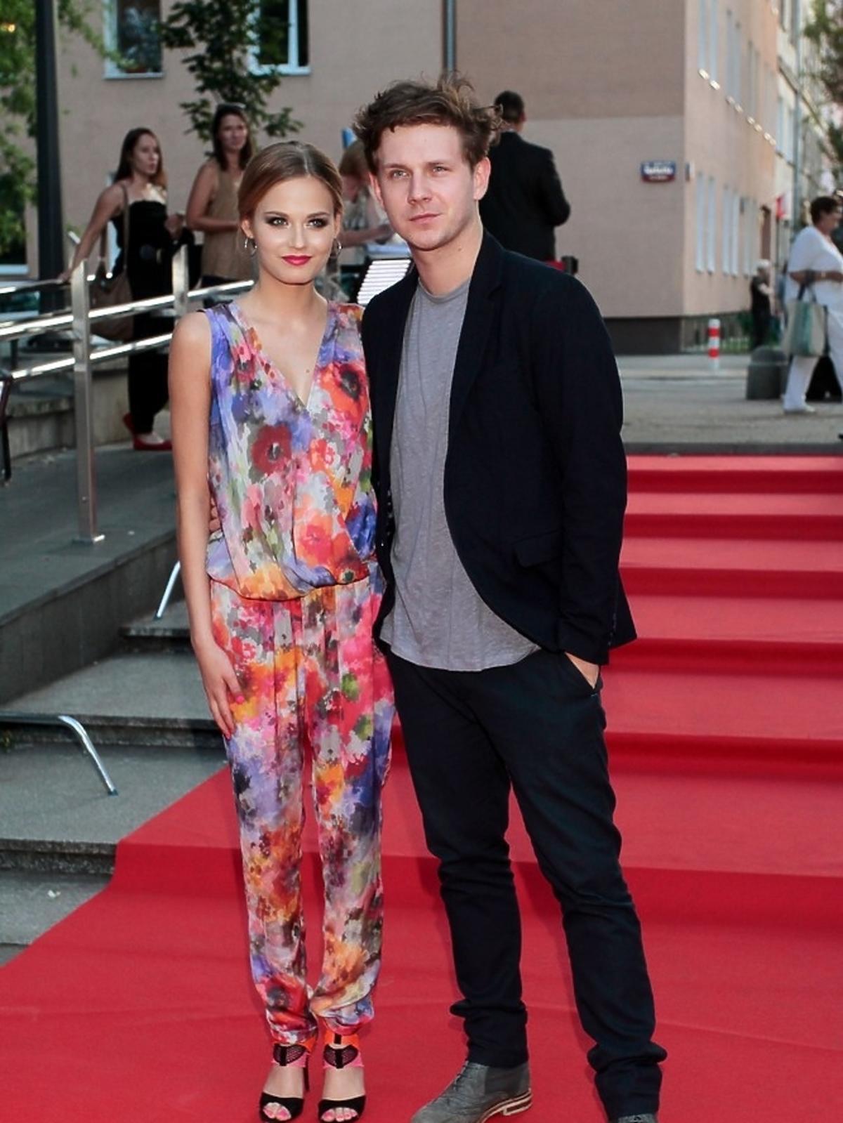 Katarzyna Sawczuk i Antoni Królikowski na premierze serialu