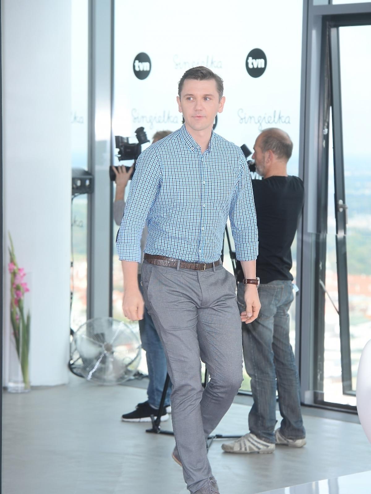Krzysztof Czeczot w niebieskiej koszuli