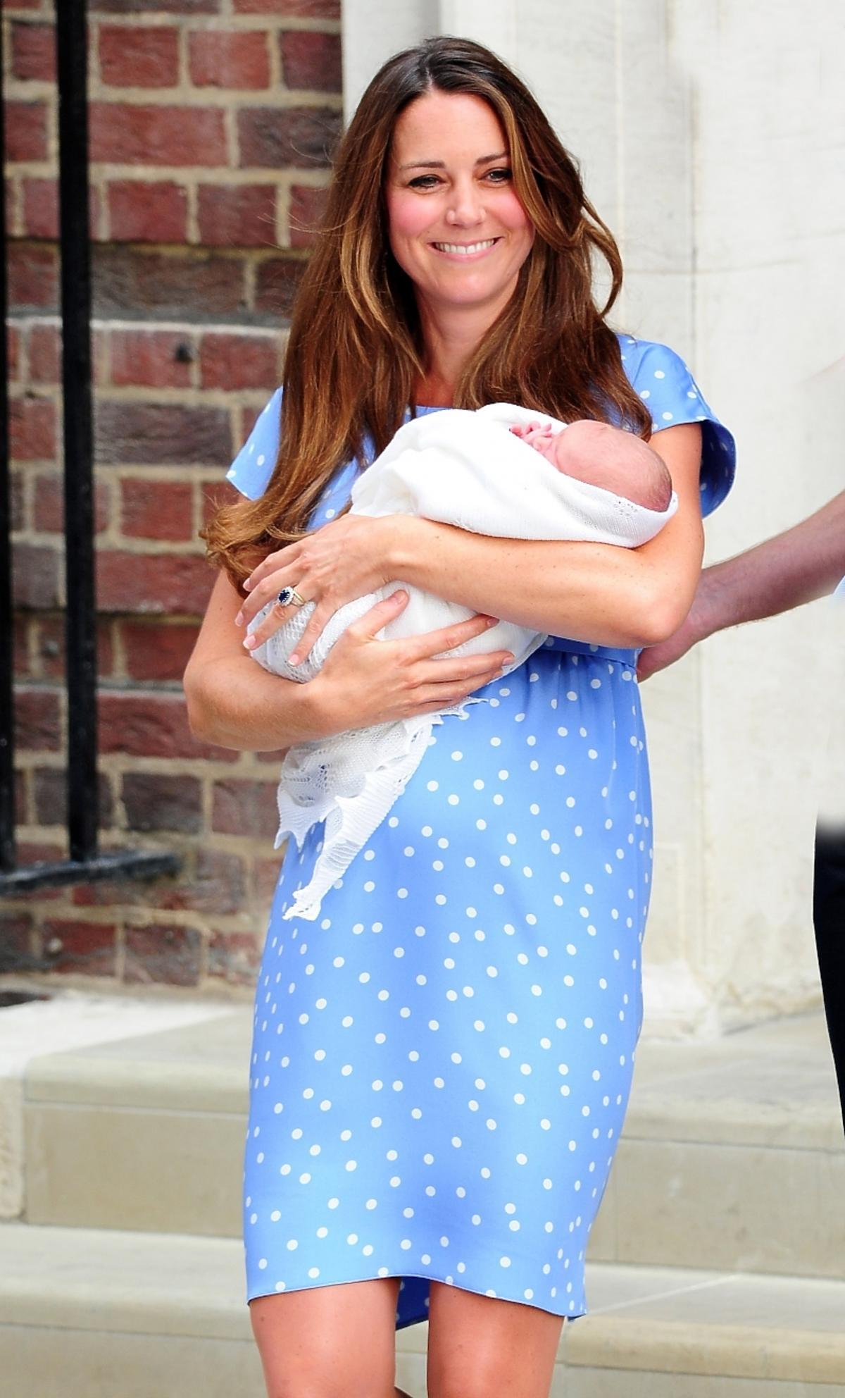 Księżna Kate i Książę William z synem