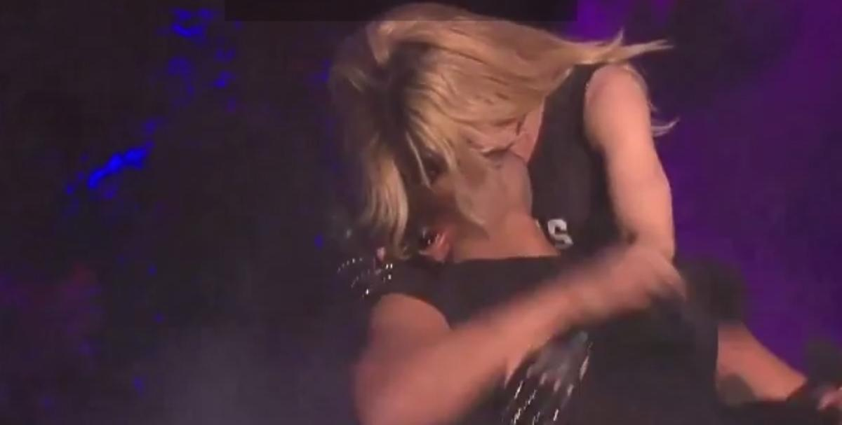 Madonna całuje Drake'a