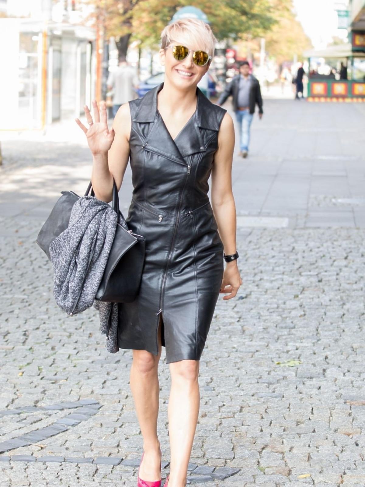 Magda Steczkowska w skórzanej sukience