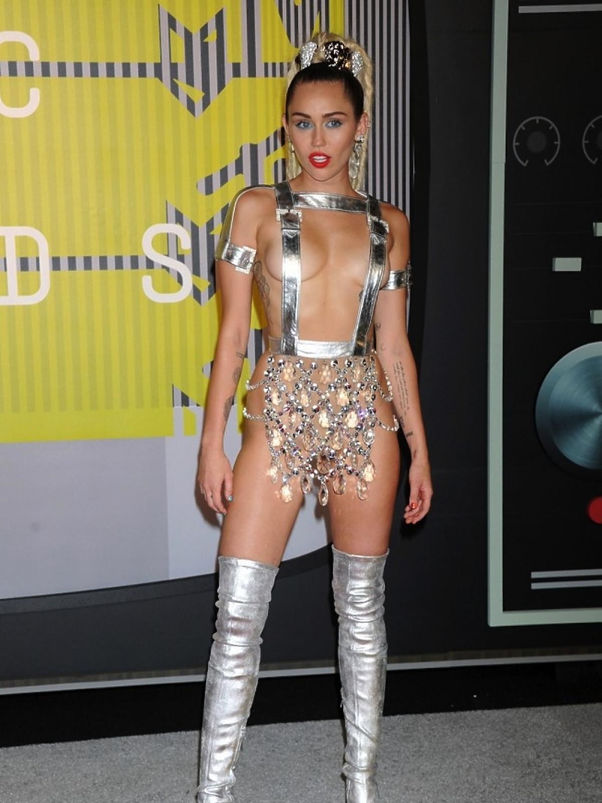 Miley Cyrus - najgorzej ubrana gwiazda 2015