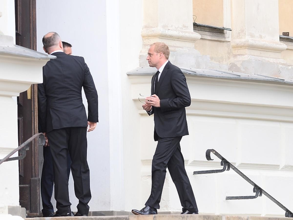 Piotr Adamczyk na pogrzebie Jana Kulczyka