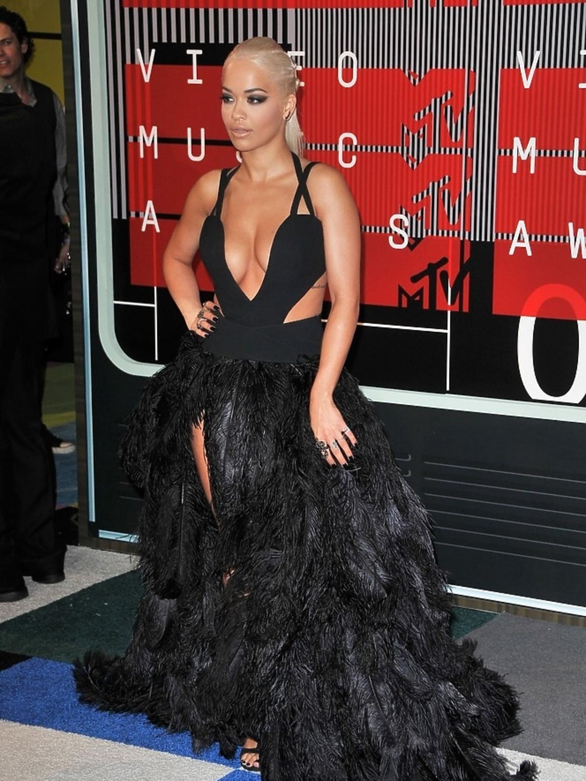 Rita Ora na gali MTV Music Awards 2015
