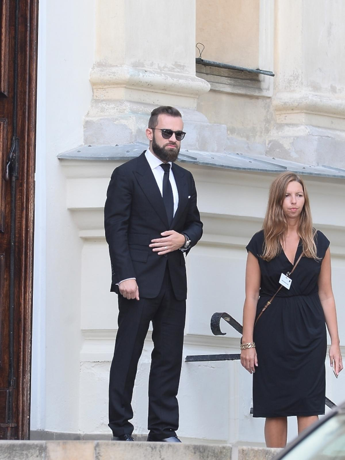 Sebastian Kulczyk na pogrzebie swojego ojca