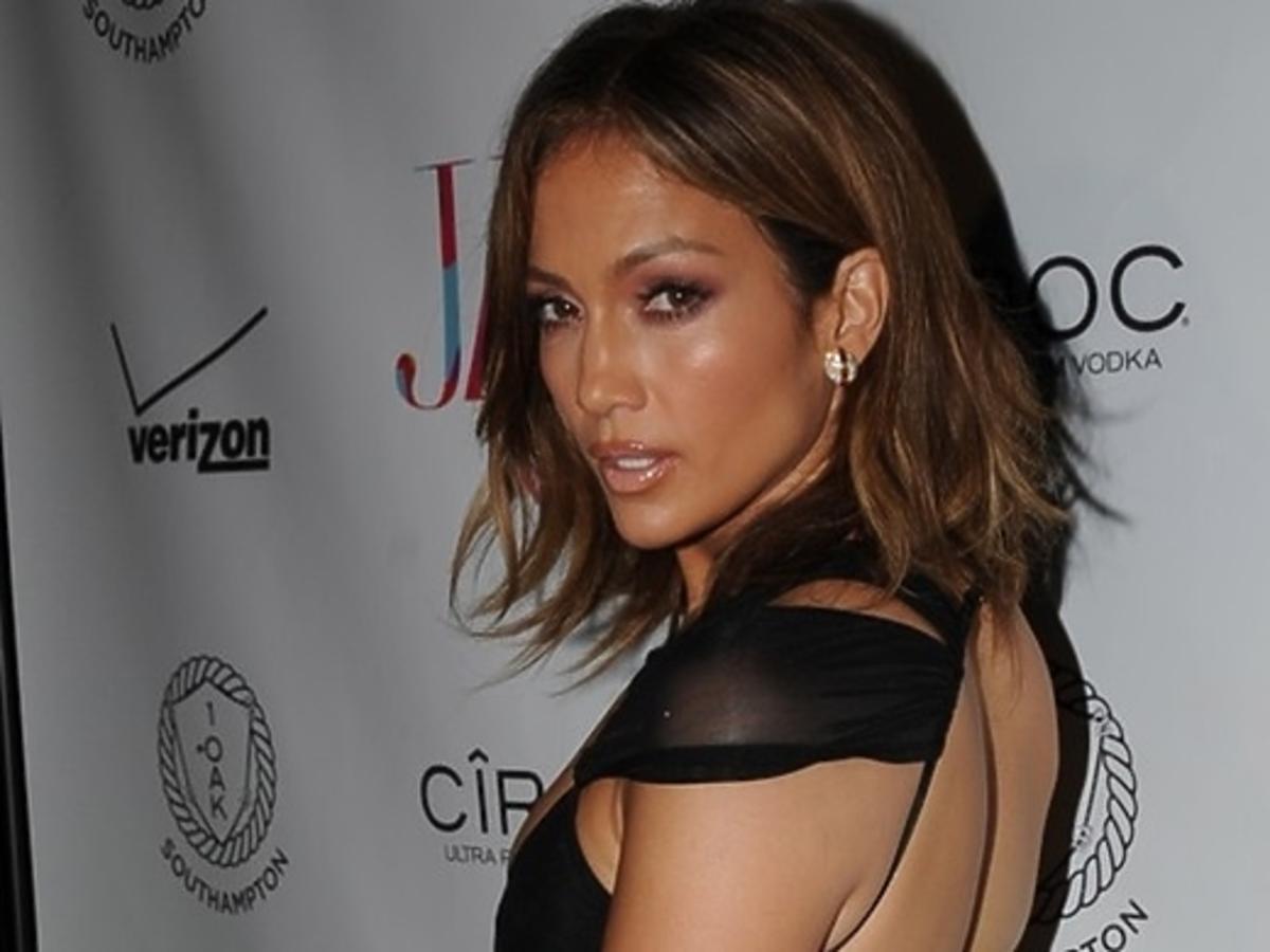 Urodzinowa kreacja Jennifer Lopez
