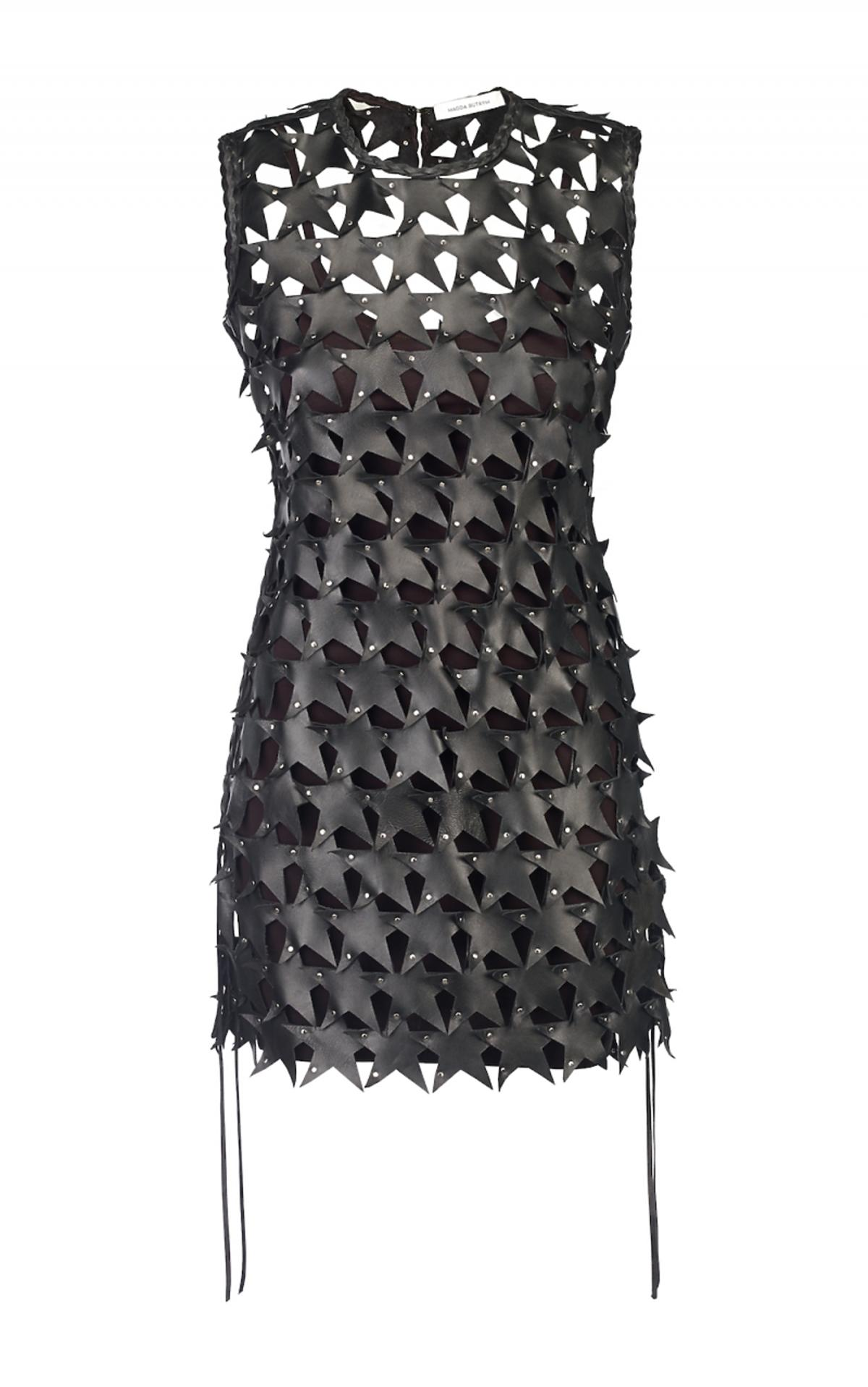Czarna sukienka z motywem gwiazdy