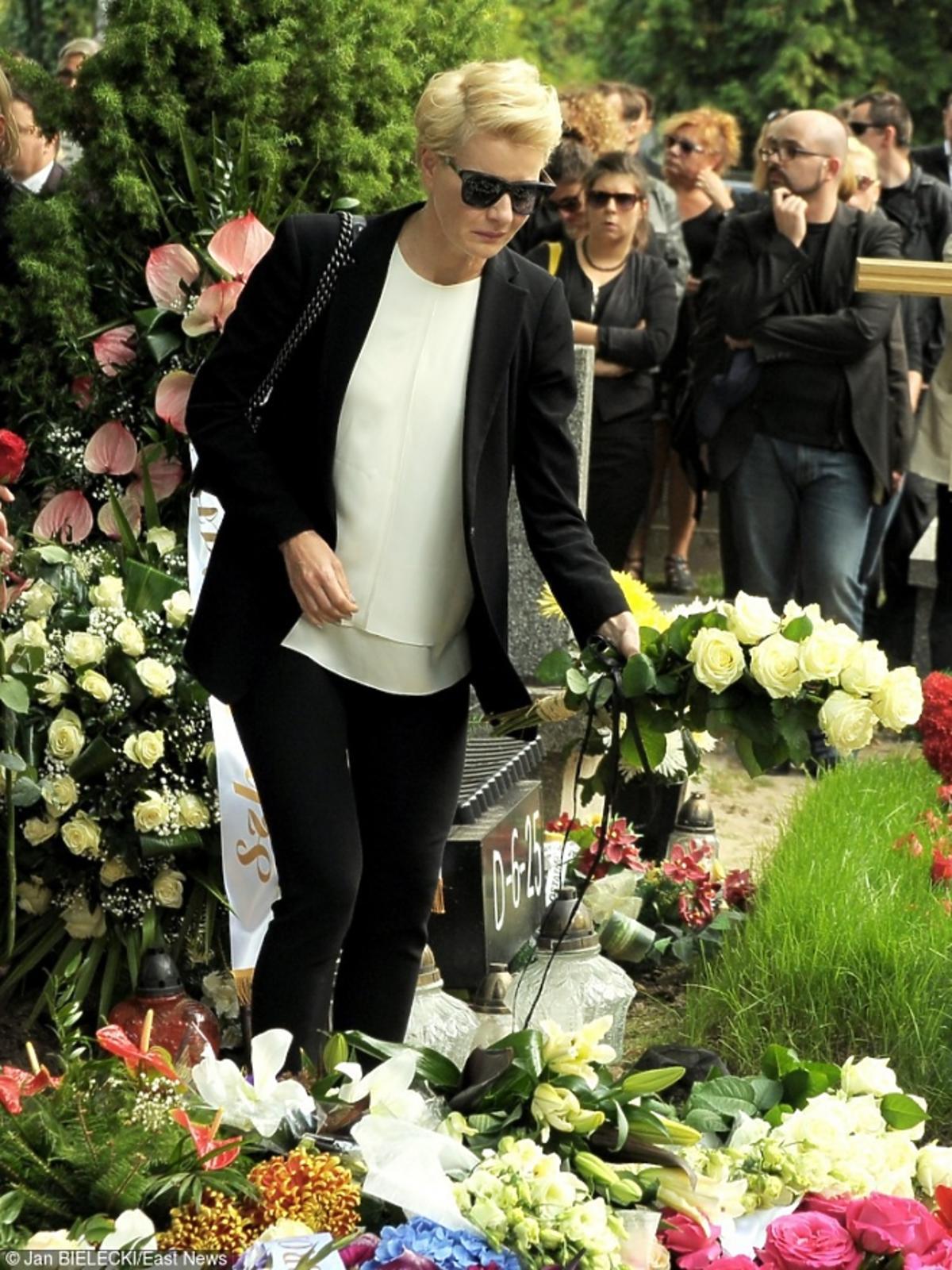 Małgorzata Kożuchowska na pogrzebie Marcina Wrony