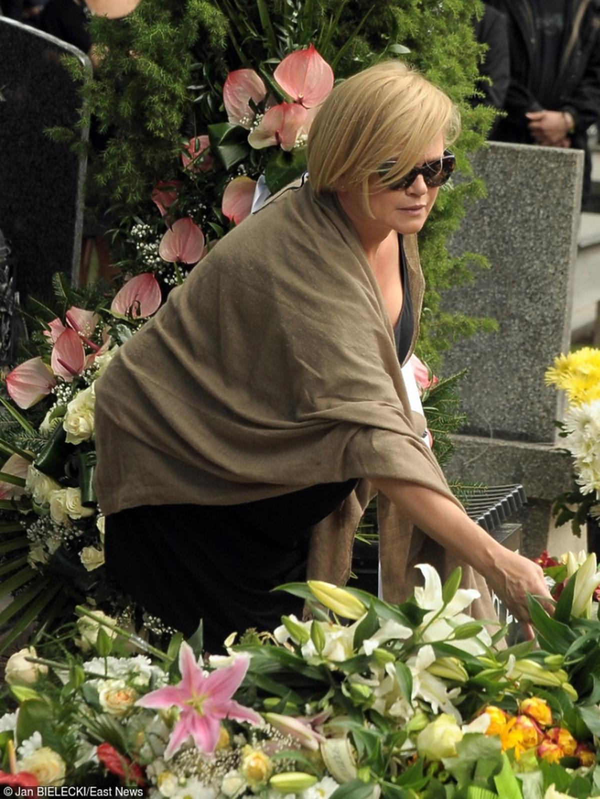 Katarzyna Figura na pogrzebie Marcina Wrony