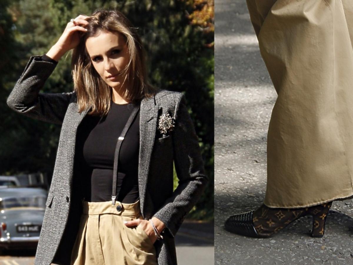 Sara Boruc w szarej marynarce i beżowych spodniach