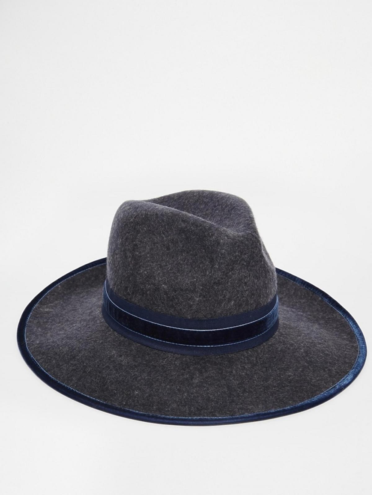 niebiesko szary kapelusz