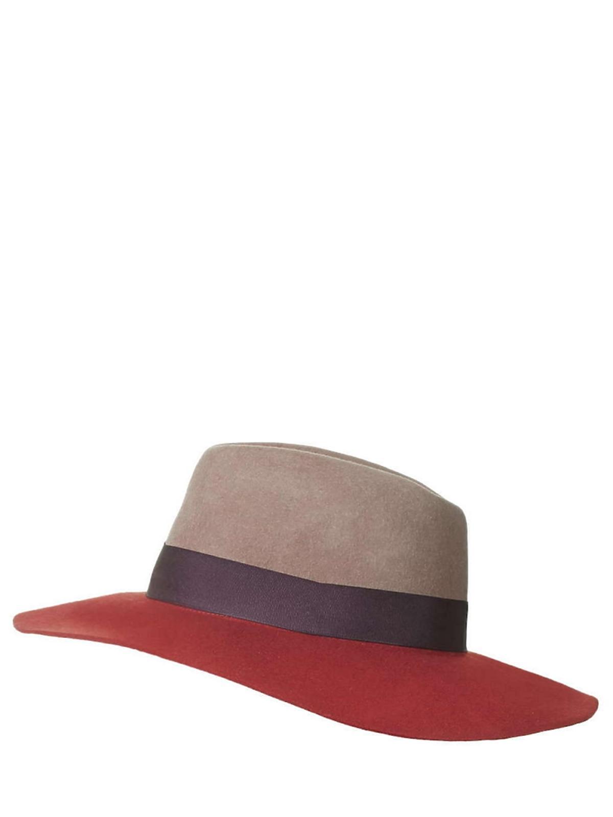 czerwono brązowy kapelusz