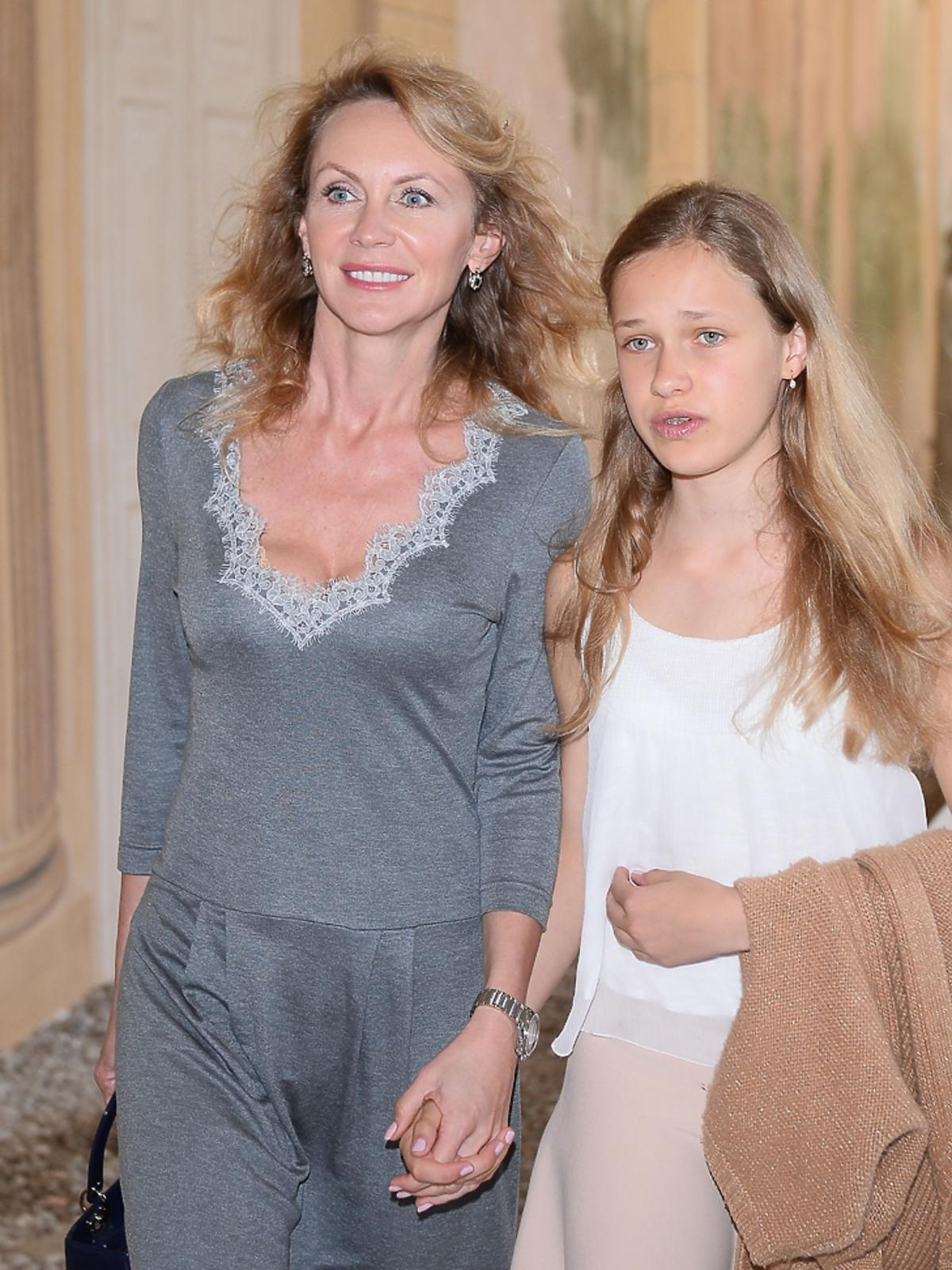 Beata Ścibakówna z córką  Heleną Englert na pokazie Izabeli Łapińskiej
