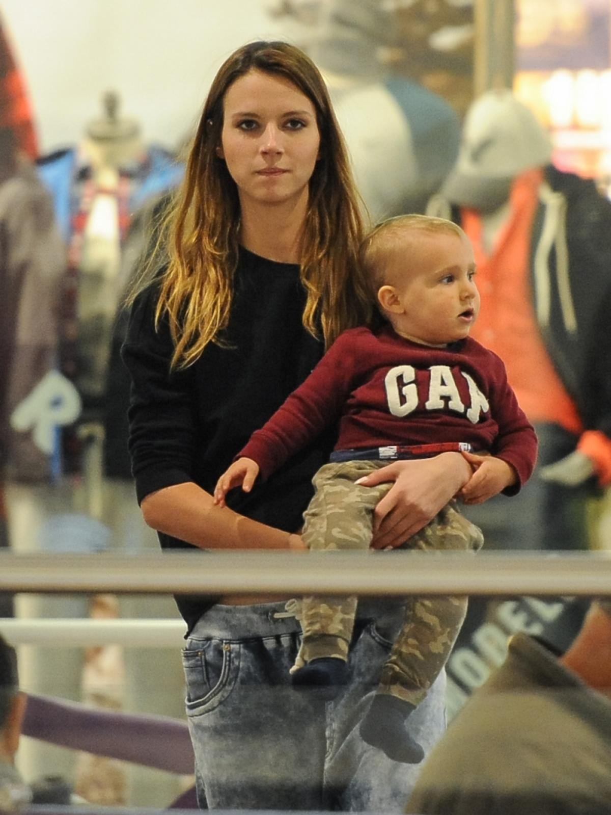 Natalia Gulkowska z synkiem na zakupach