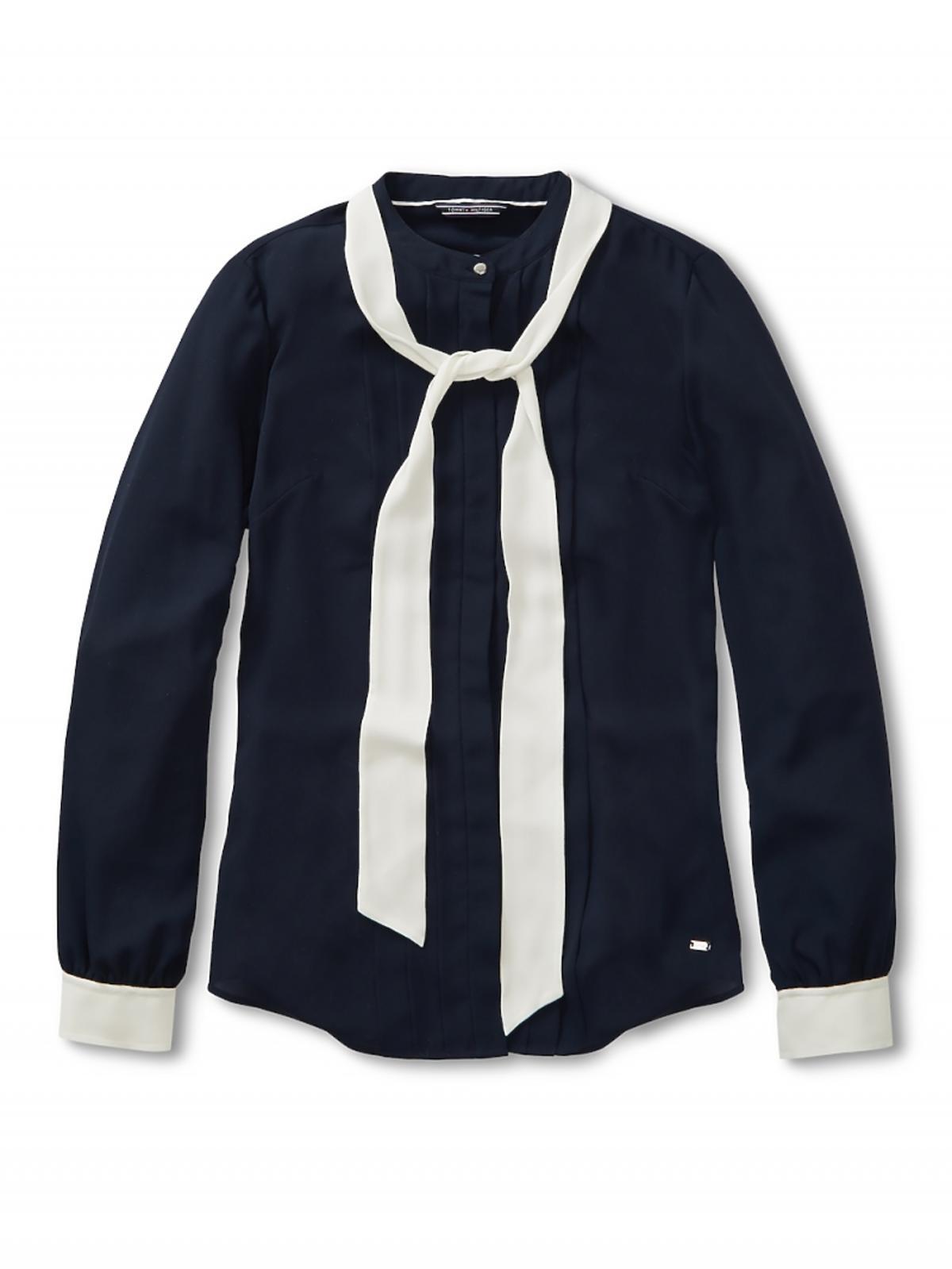 czarna bluzka z białym wiązaniem