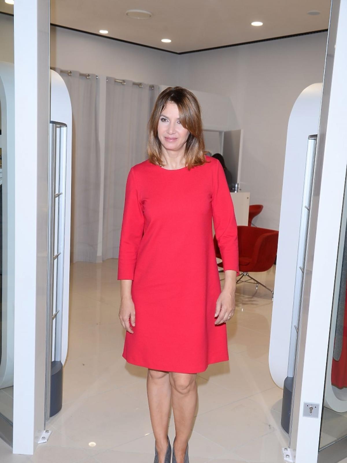 Grażyna Wolszczak w czerwonej sukience