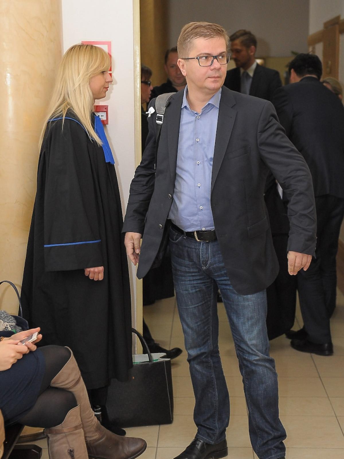Sylwester Latkowski podczas rozprawy sądowej z Kamilem Durczokiem