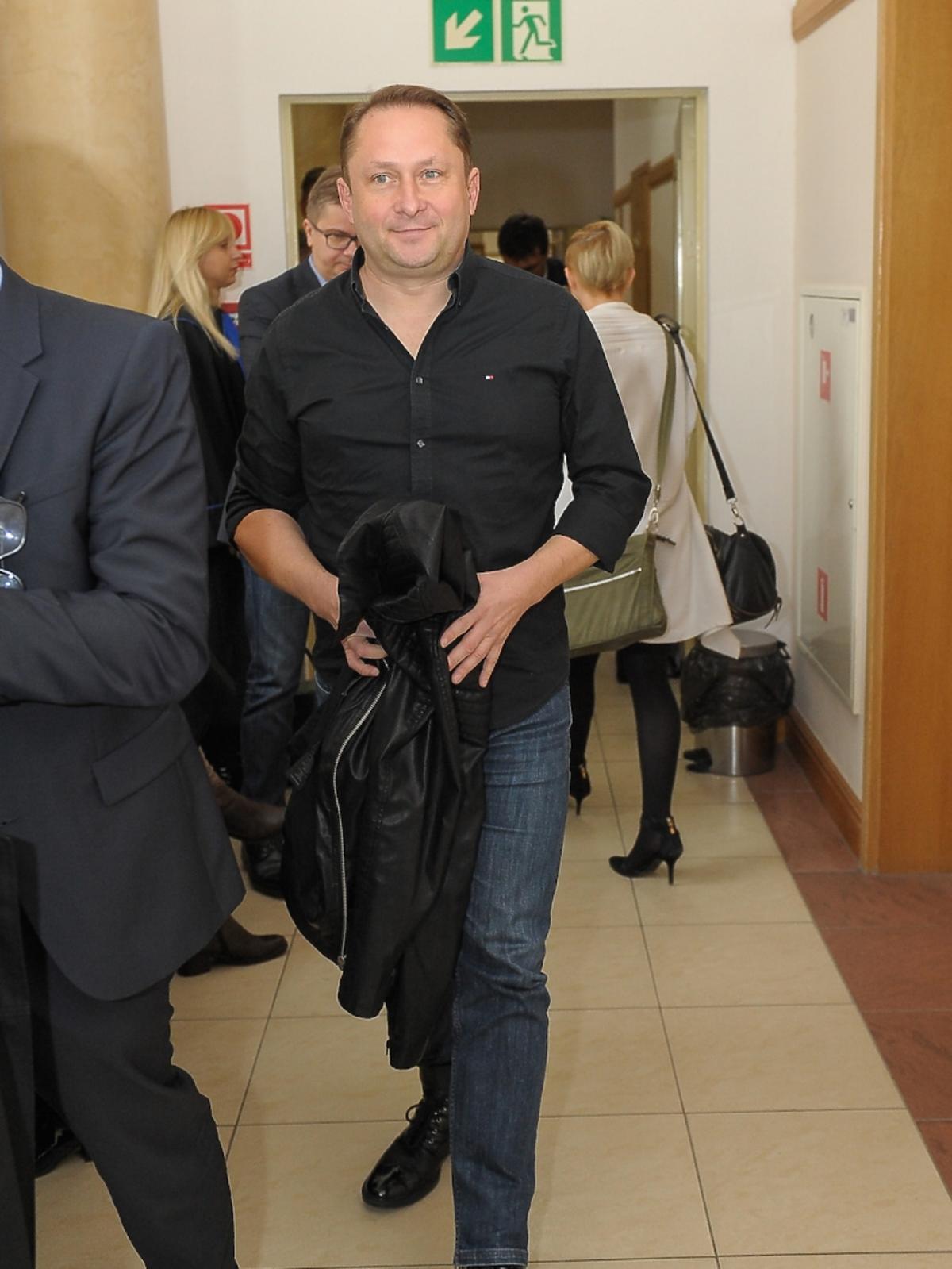 Kamil Durczok w sądzie na rozprawie przeciwko Wprost