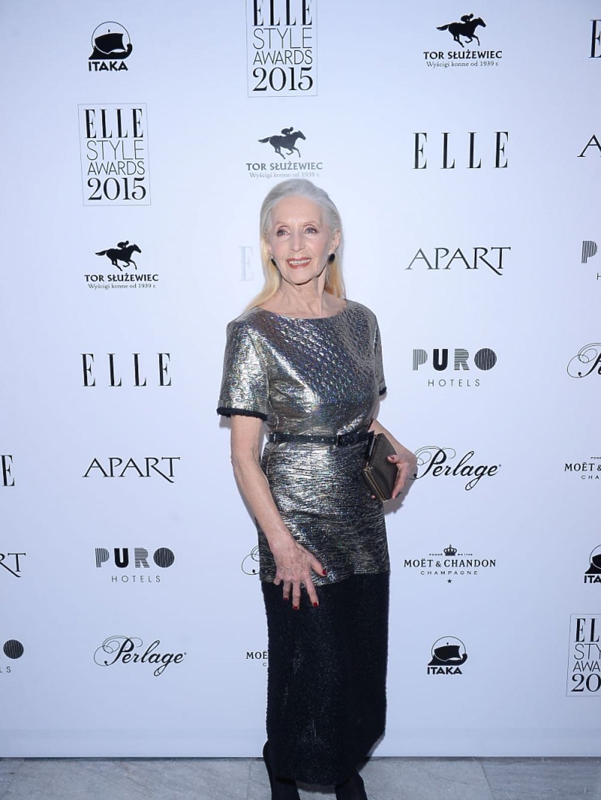 Helena Norowicz w srebrnej kreacji na imprezie magazynu Elle