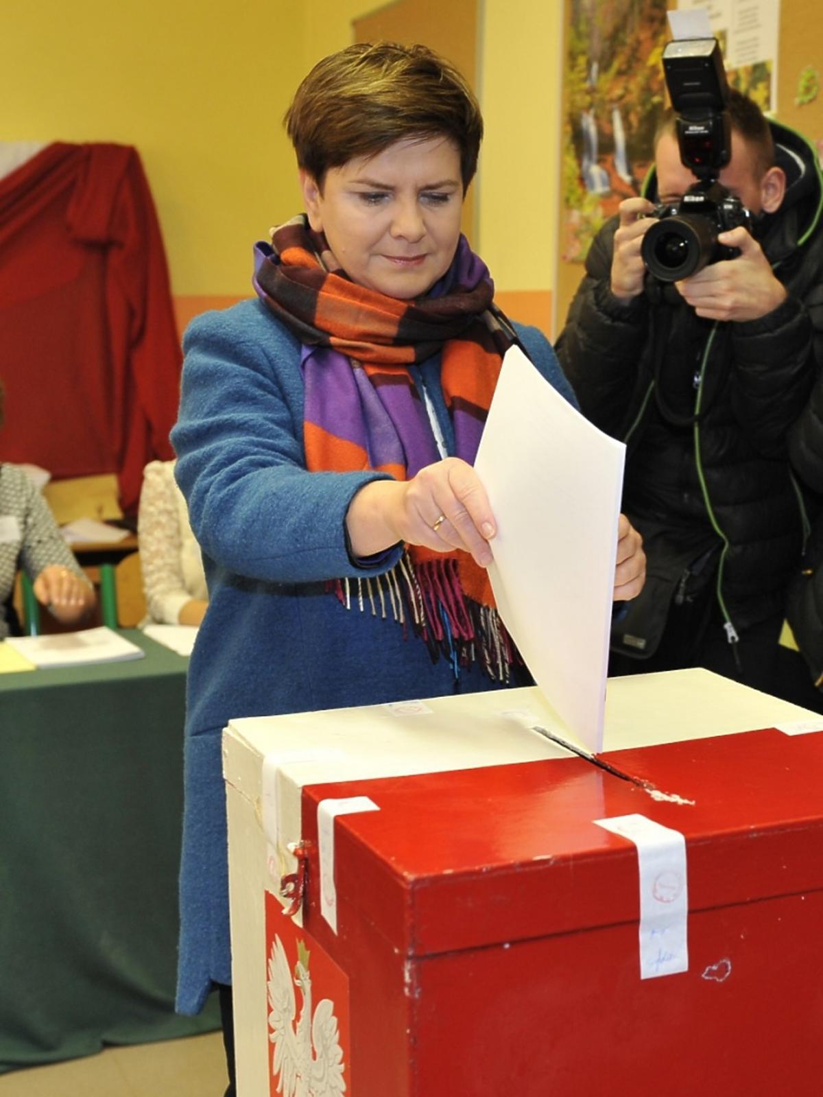Beata Szydło głosuje