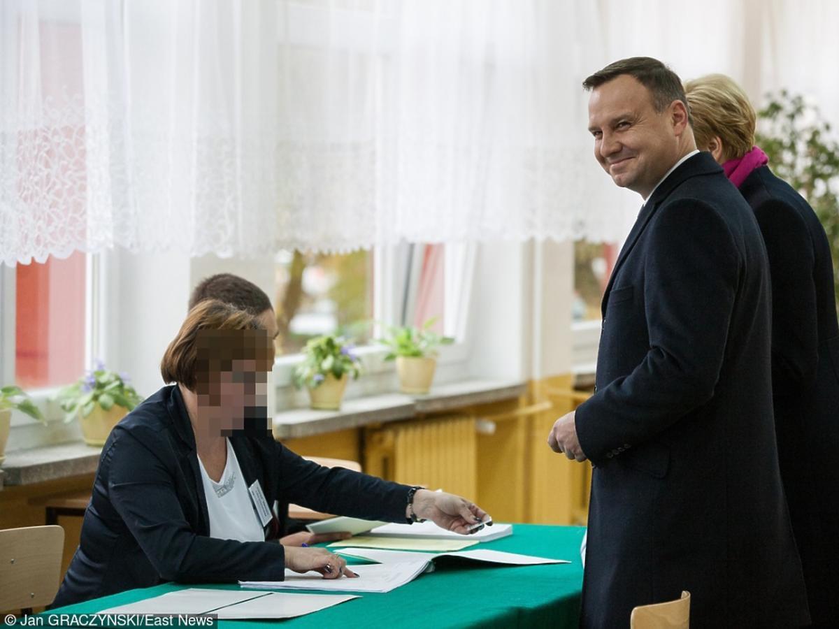 Andrzej Duda w garniturze