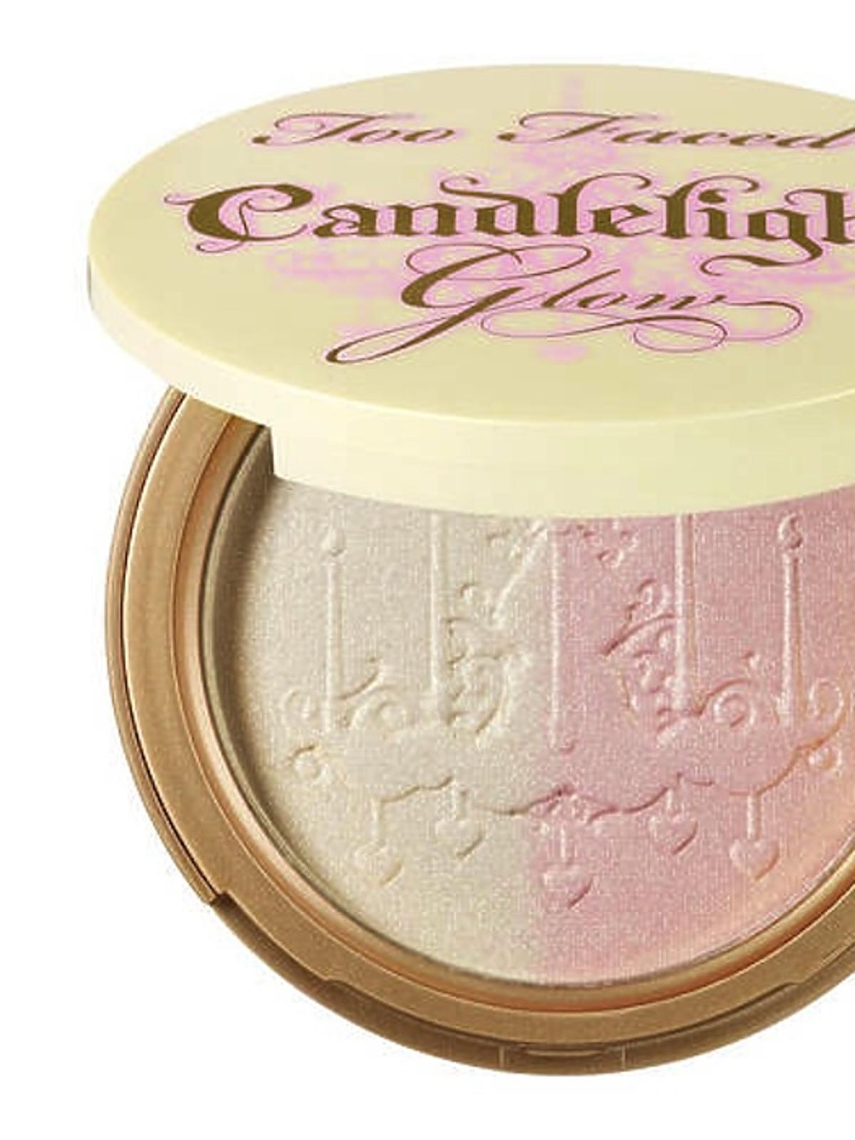 Puder rozjaśniający Candelight Glow Highlighting Powder Duo, Too Faced, ok. 130 zł