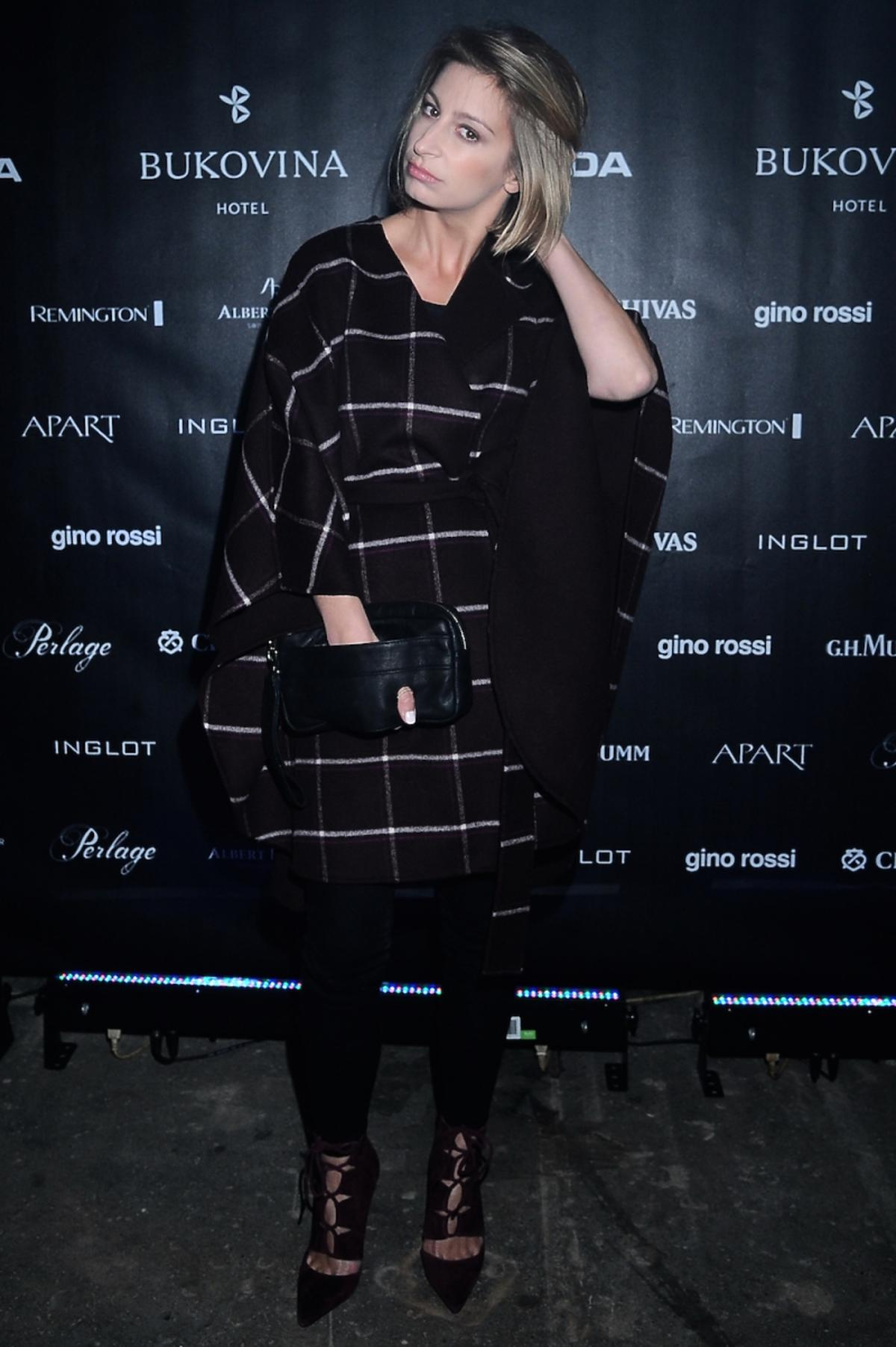 Magda Schejbal w czarnych spodniach