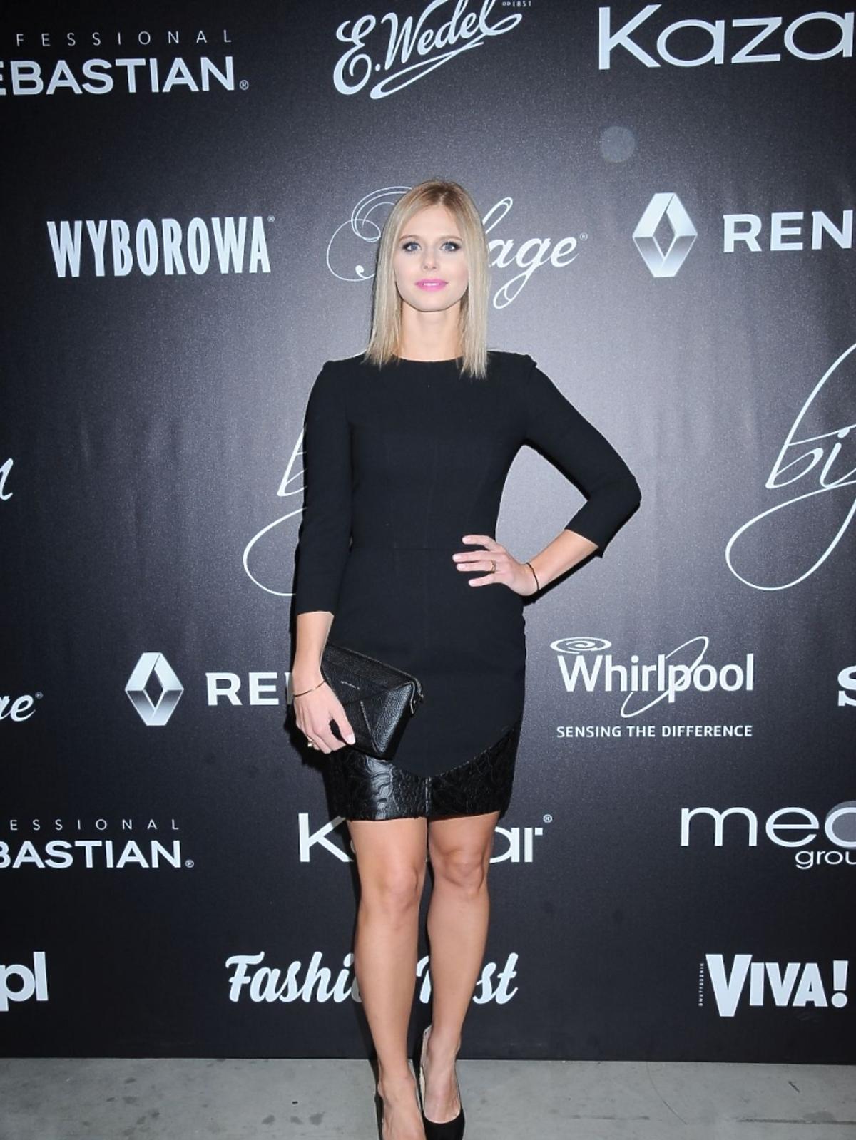 Izabela Zwierzyńska w czarnej sukience
