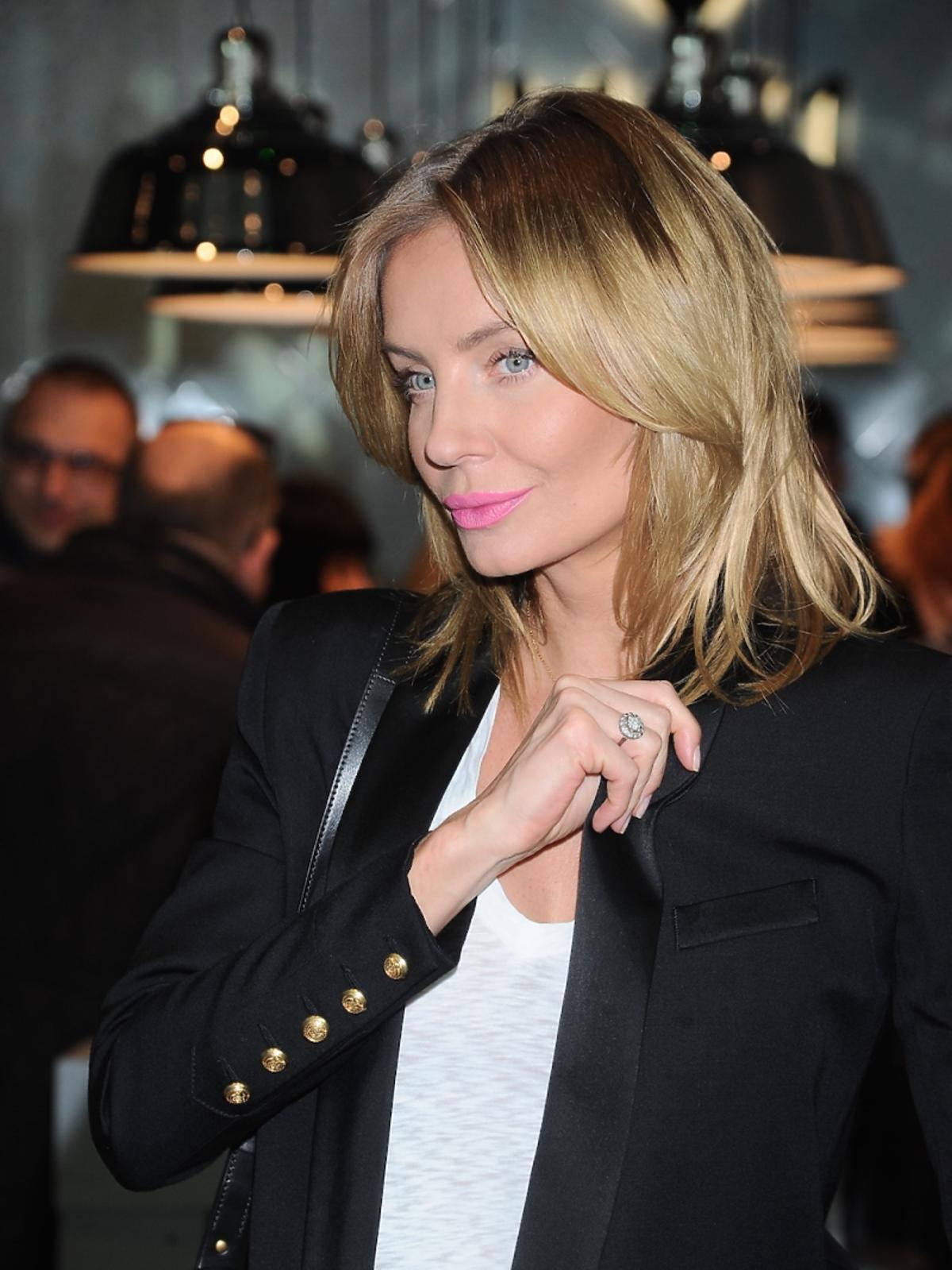 Agnieszka Szulim na otwarciu perfumerii