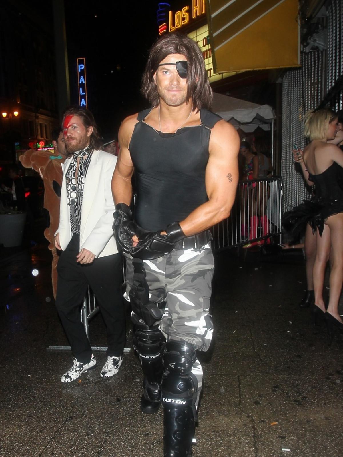Kellan Lutz na Halloween Party