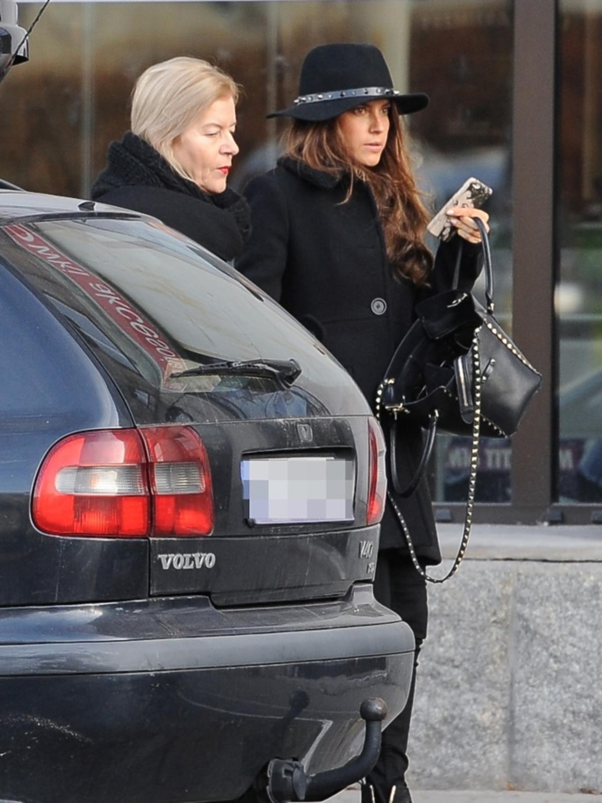 Weronika Rosati z mamą