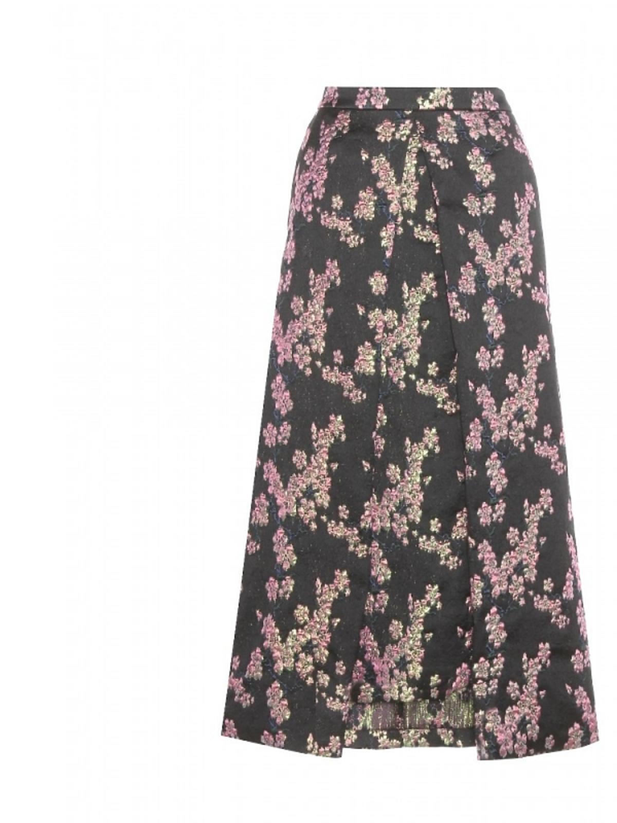 Czarna spódnica w kolorowe kwiaty