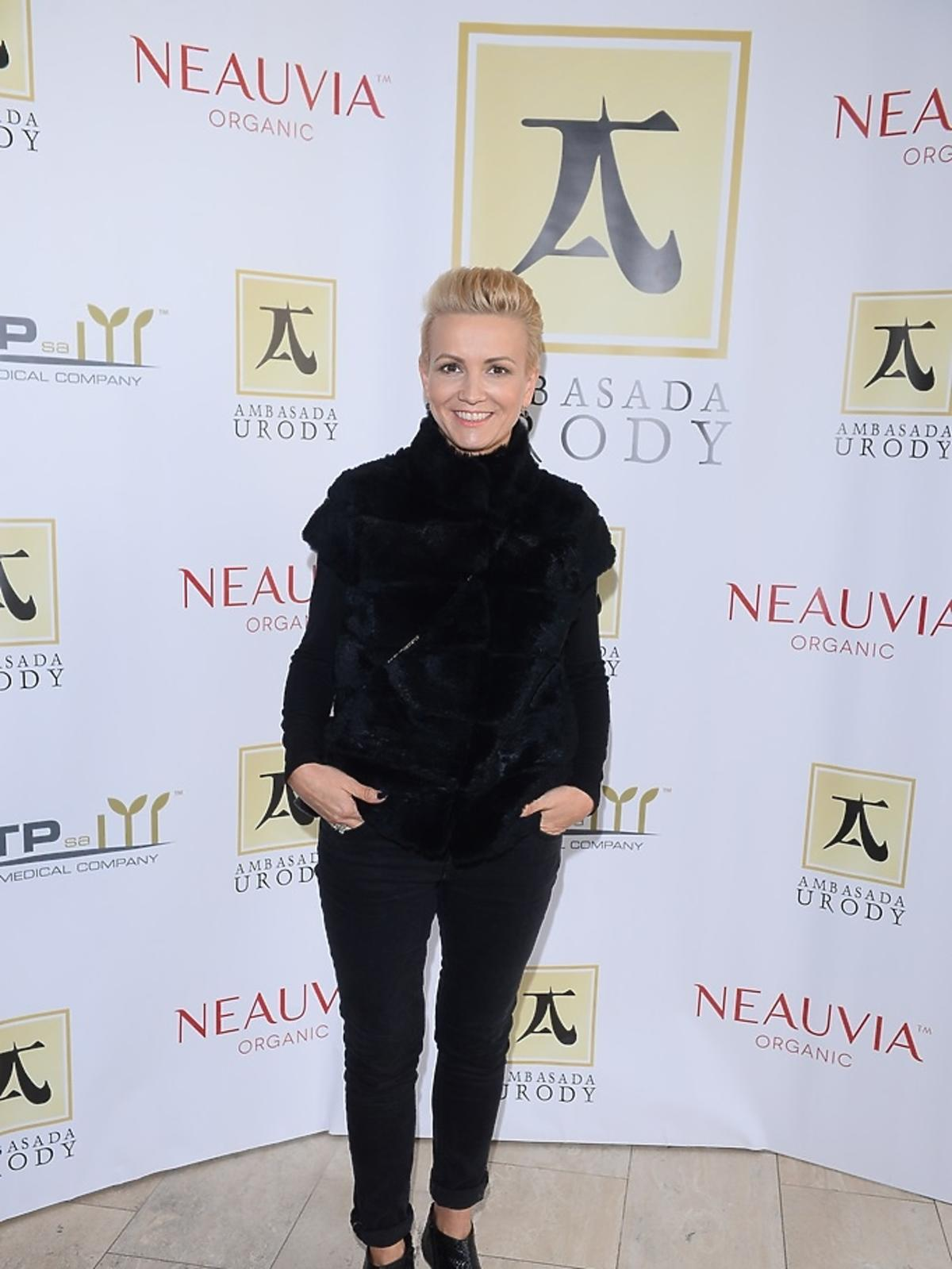 Marta Kuligowska ubrana na czarno
