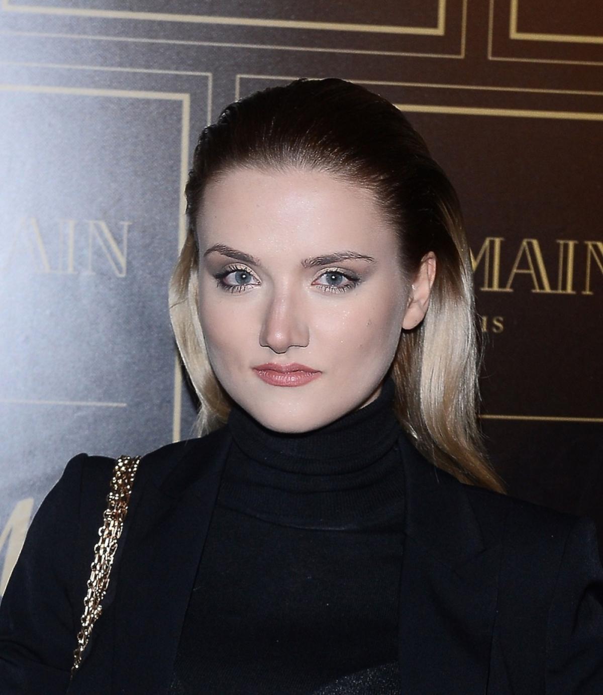 Marta Sędzicka w gładkiej fryzurze