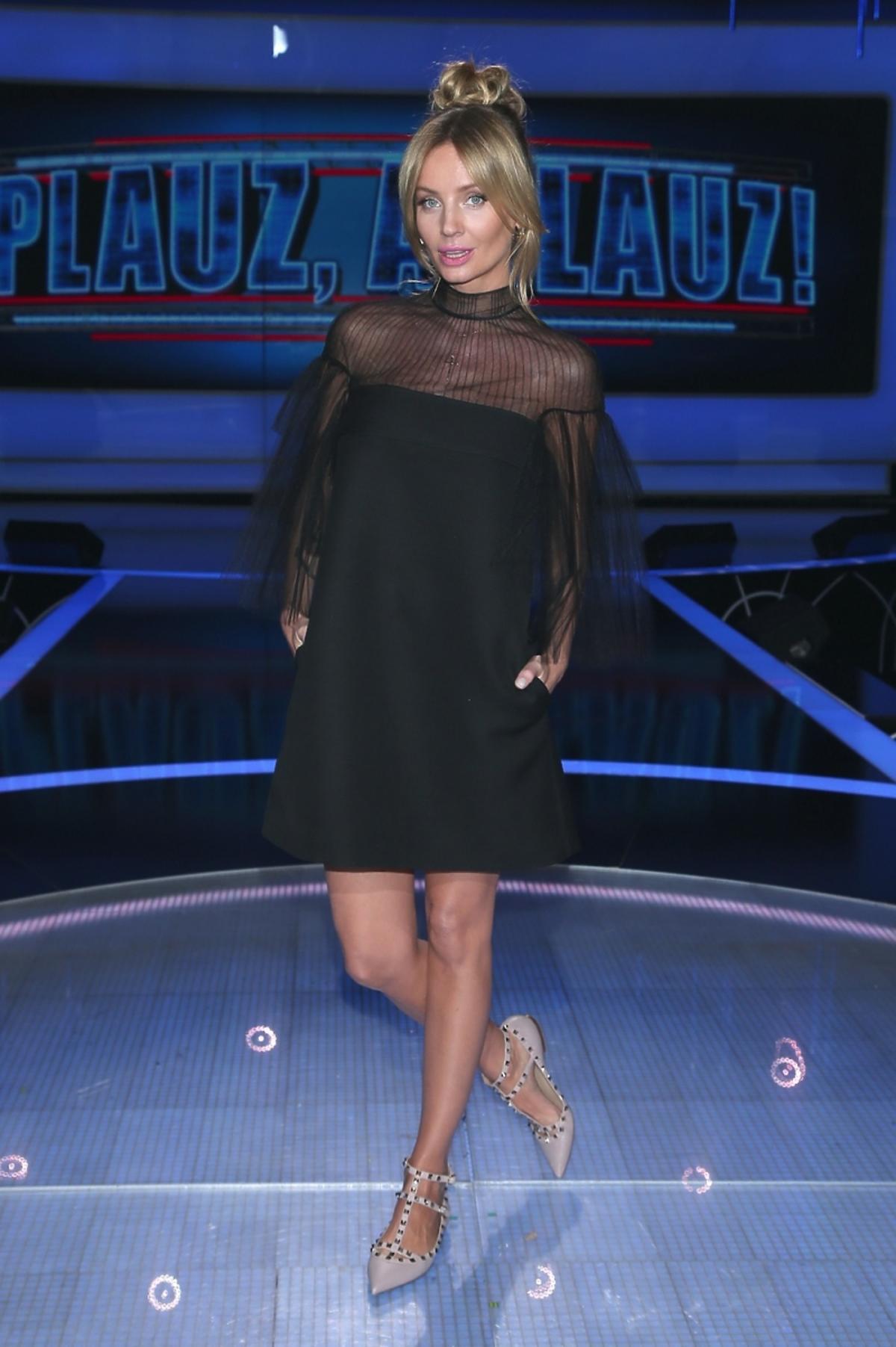 Agnieszka Szulim w czarnej przezroczystej sukience