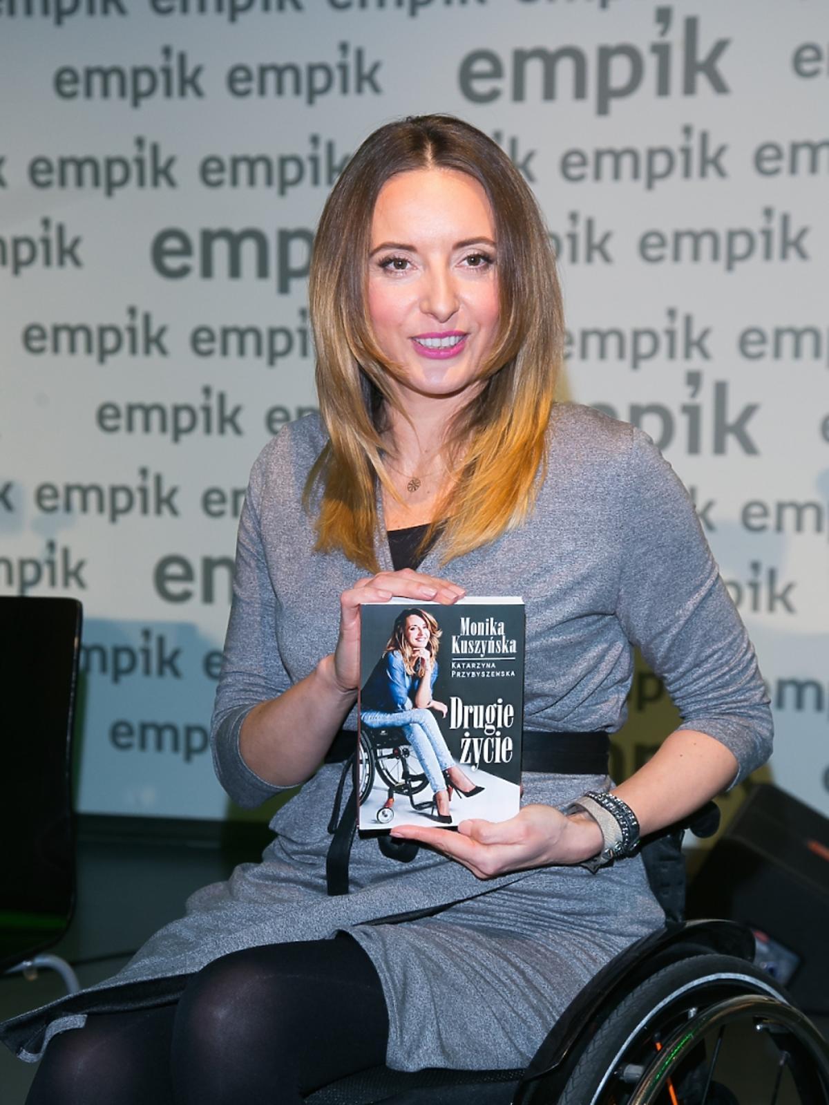 Monika Kuszyńska promuje swoją książkę