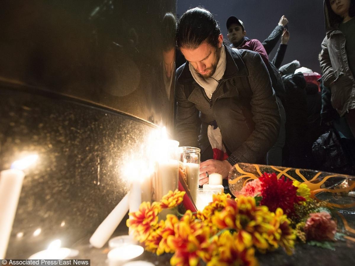 Świat składa kondolencje Francji